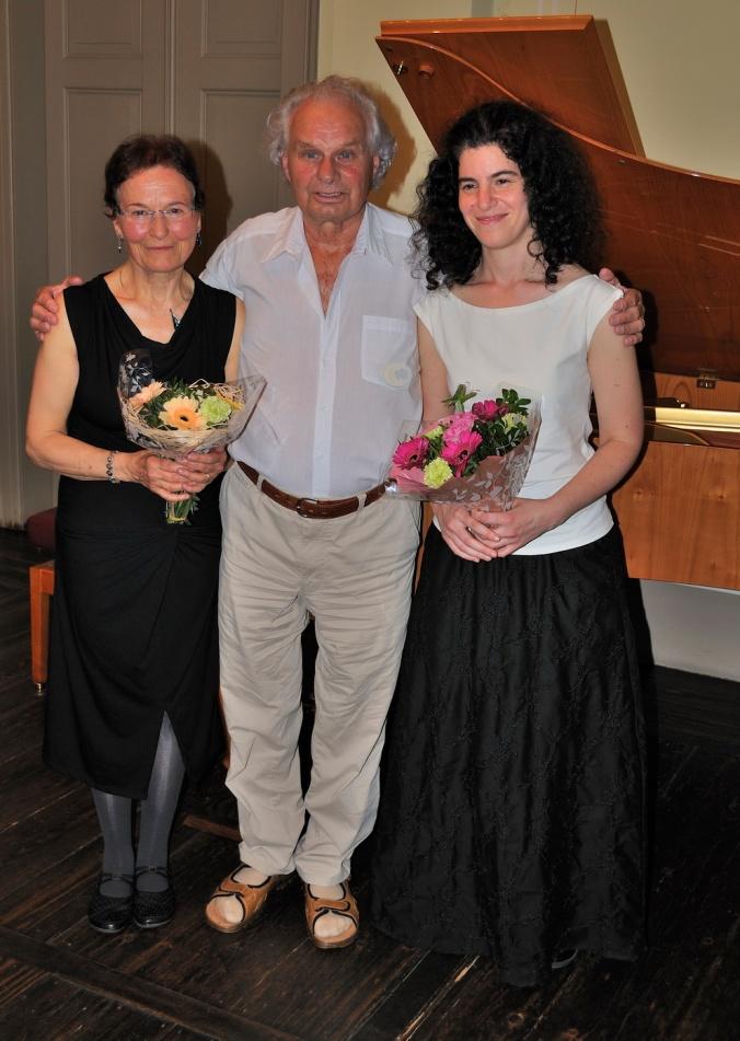 Lesung im Mendelssohn-Haus am 3. Juli 2015 in Leipzig Kammersänger Helmut Klotz (Mitte) Elisabeth Melzer-Geissler (Autorin li.) Ayala Rosenbaum (Pianistin re.) Foto: Hans-Joachim Duwe / Leipzig.